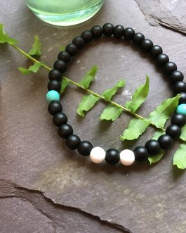 Onyx, Howlite and Turquoise 6 mm Beaded Bracelet