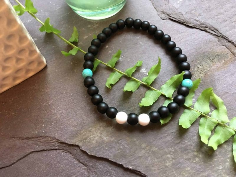 onyx beaded bracelet with howlite and turquoise