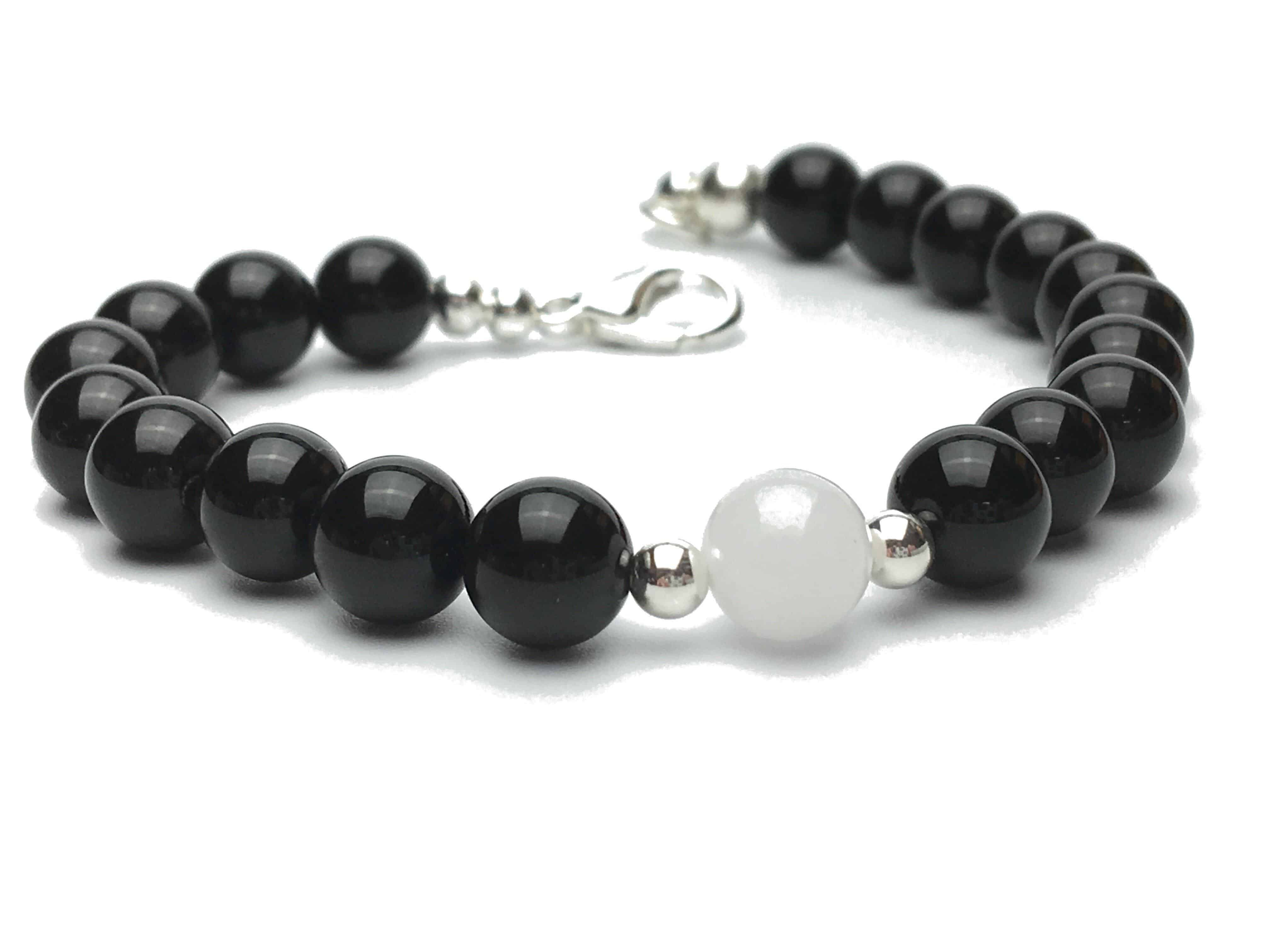 Onyx and White Jade Bead Bracelet with Clasp