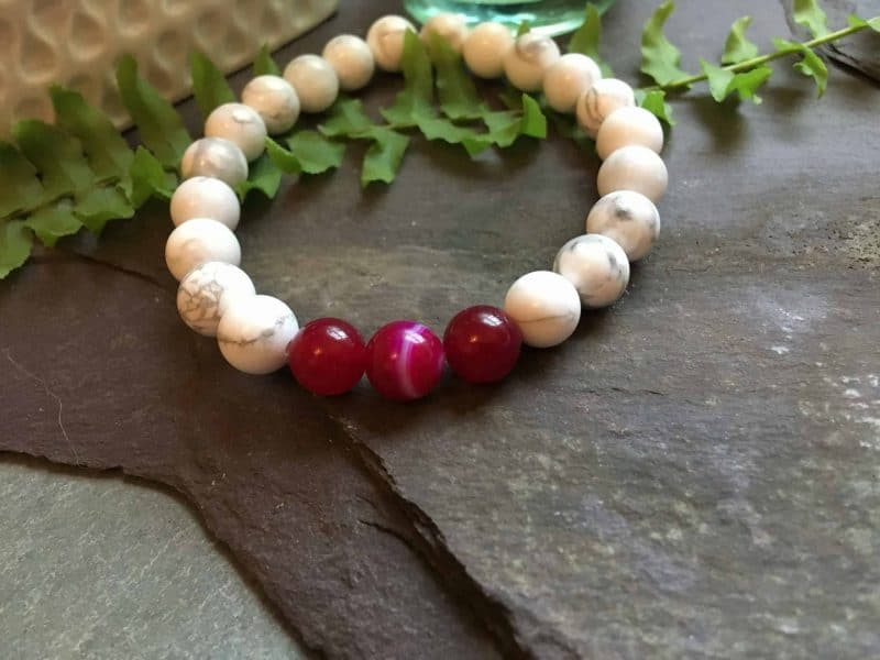 White Howlite and Pink Onyx Bead Bracelet
