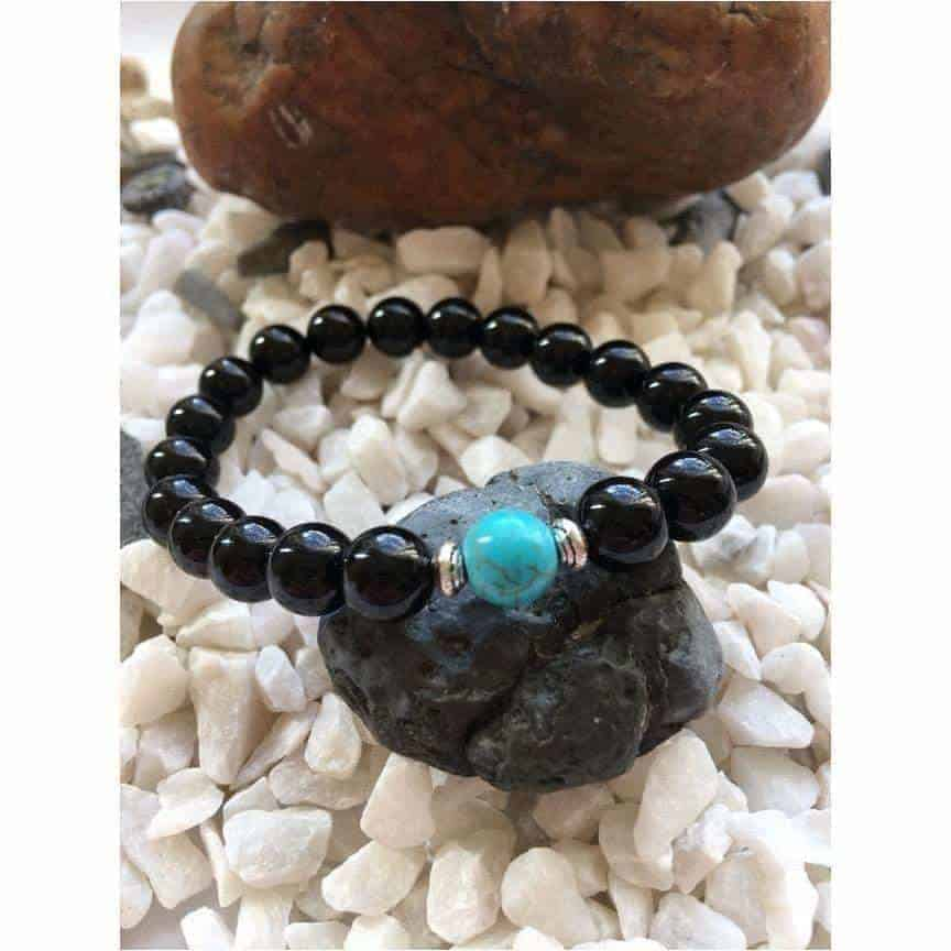 Black Polished Onyx and Cool Green Turquoise Stone Bead Fashion Bracelet