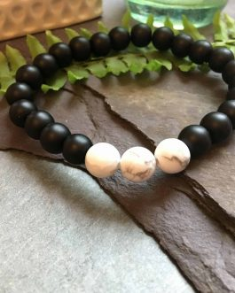Black Onyx and White Howlite Stone Bead Fashion Bracelet