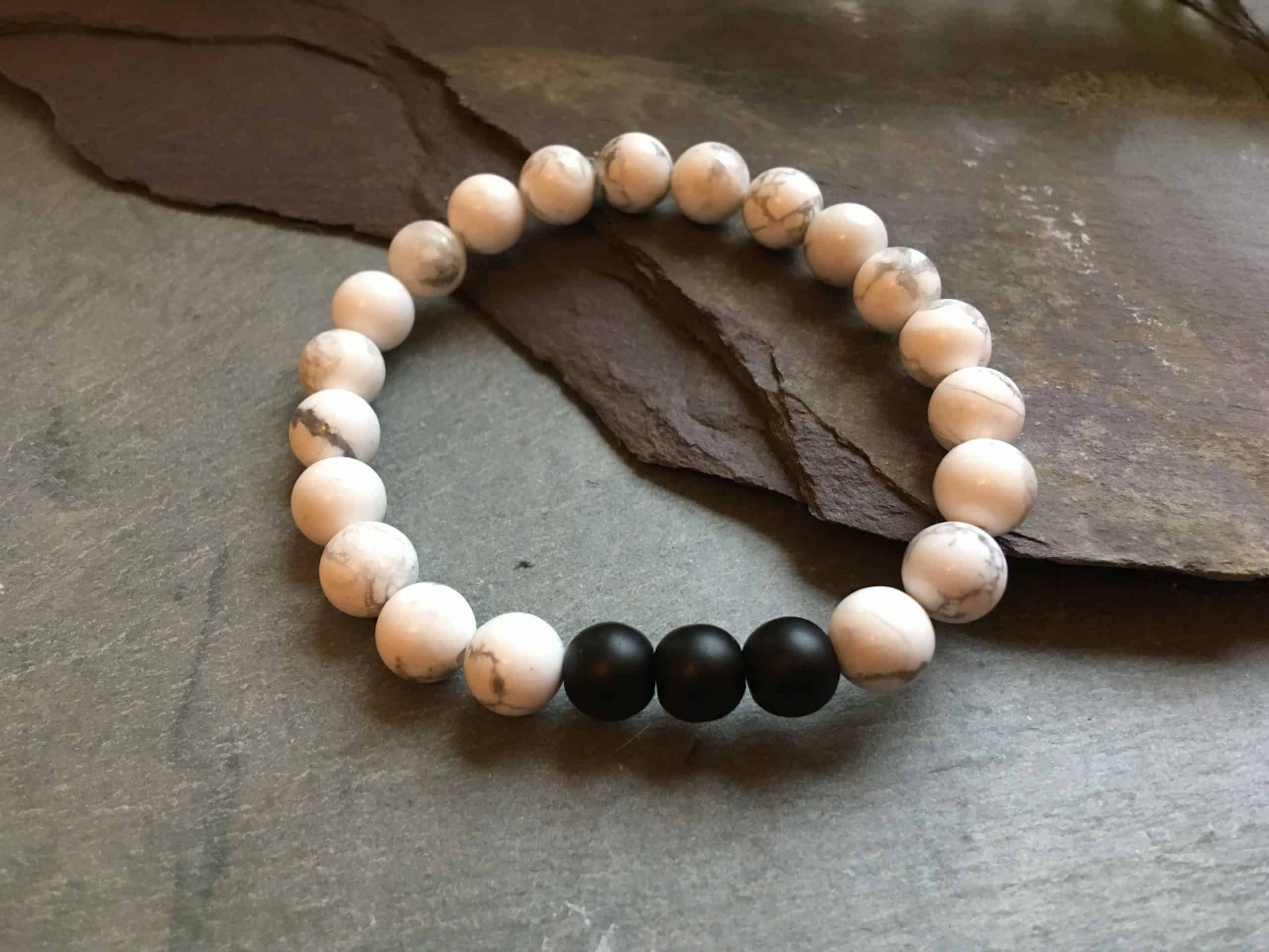 White Howlite and Matte Black Onyx Stone Bead Bracelet