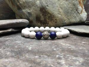 howlite beaded bracelet with lapis lazuli