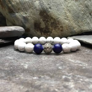 howlite beaded bracelet with lapis lazuli