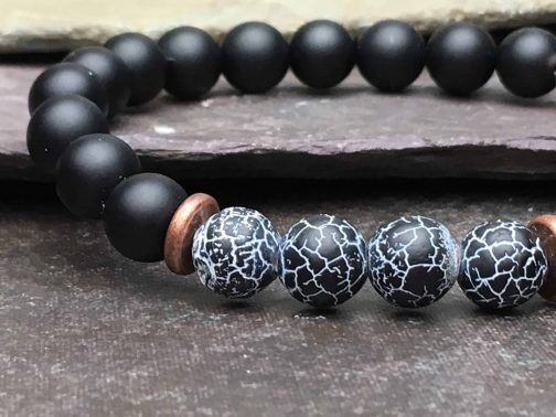 Wind Fossil Agate & Onyx Bracelet