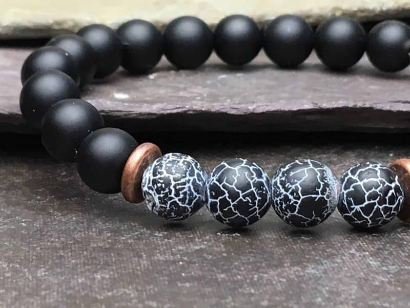 Onyx Beaded Bracelet with Black Wind Fossil Agate