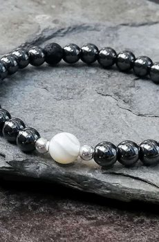 hematite and mother of pearl bead bracelet