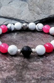 howlite and pink agate beaded bracelet