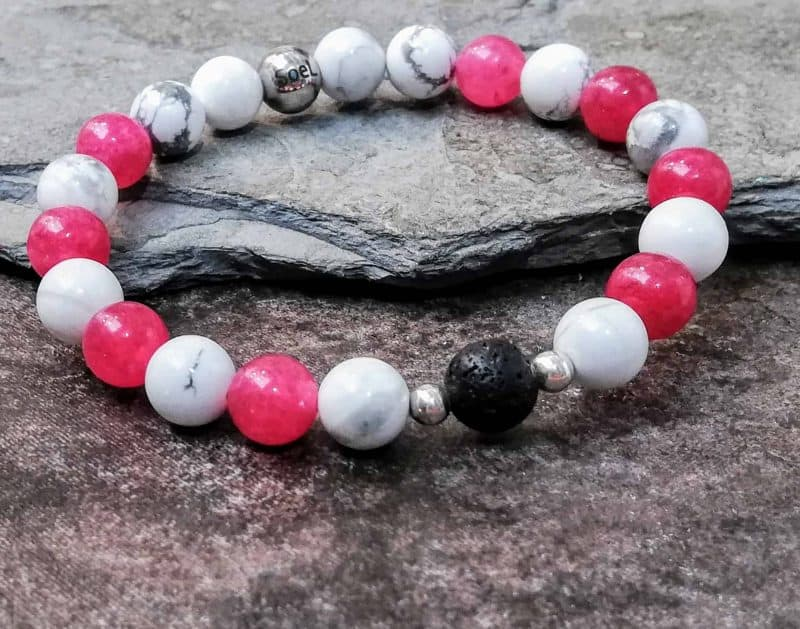 Deep Pink Agate and Howlite Bracelet