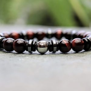 Red tigers eye beaded bracelet