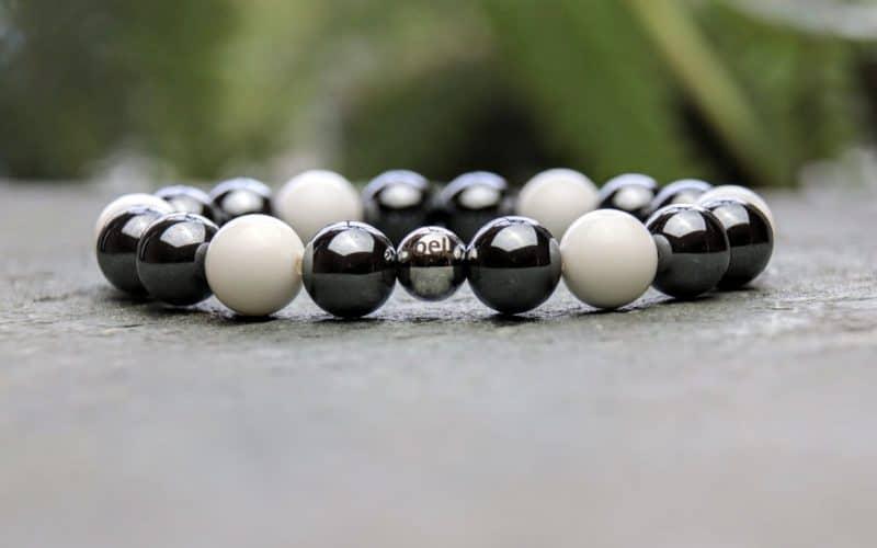 10mm Hematite and Tridacna Beaded Bracelet