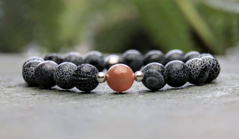 Wind fossil agate and sunstone beaded bracelet