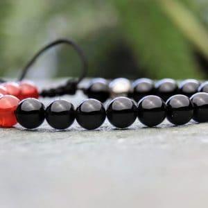 Onyx and Carnelian beaded bracelet